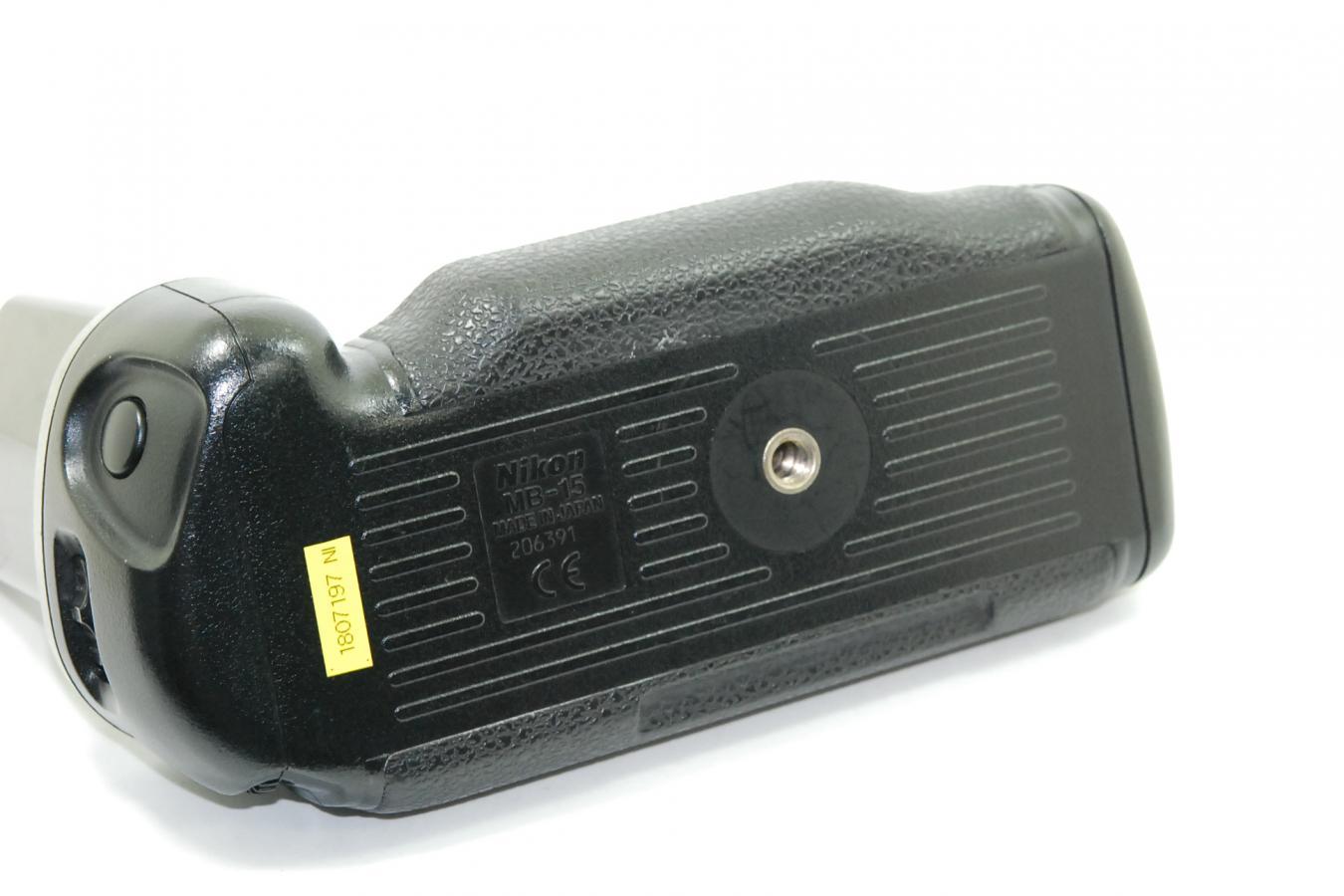 ニコン F100用MB-15