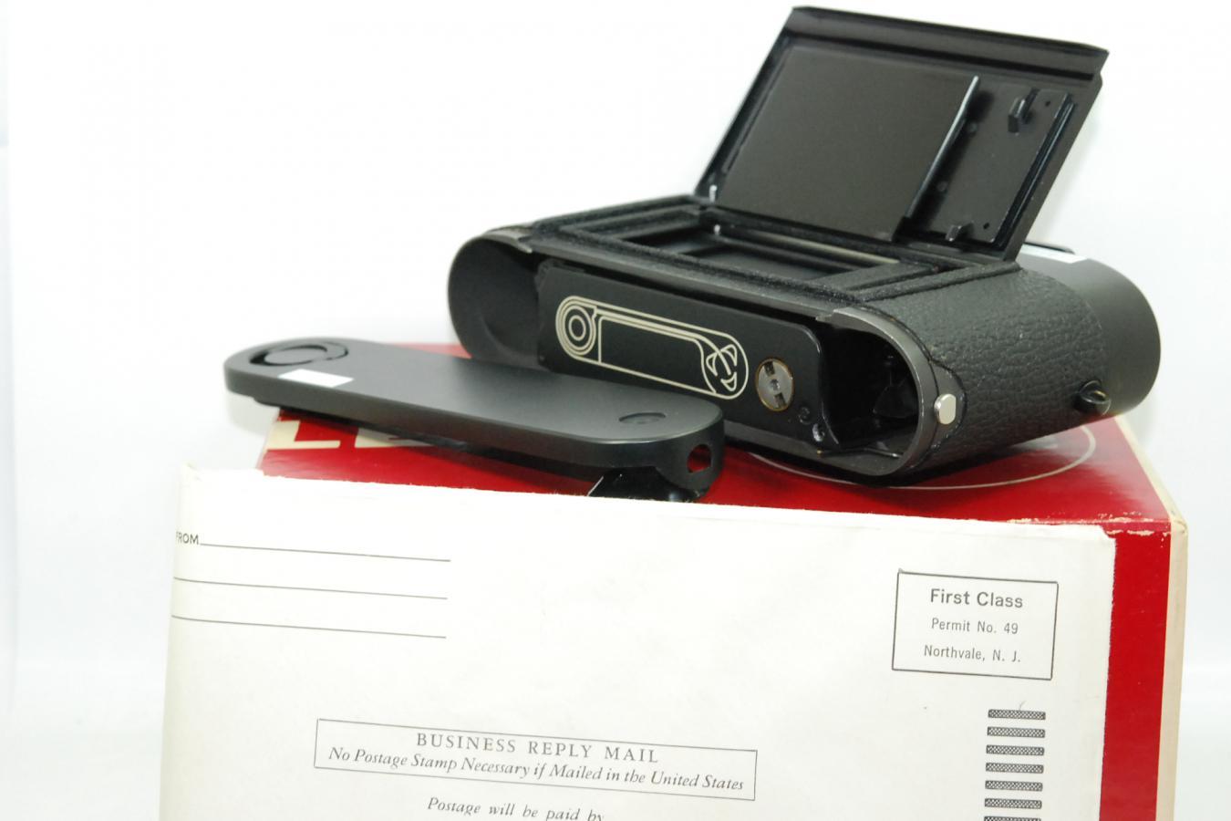 【コレクション向け 珍 品】 ライカ M4-2 148万台1977年製 最初期型 【ギャランティカード、取説、ストラップ、元箱付】 ※LeitzとWETZLAR刻印併記の最初期型の中でわずかな数のみ