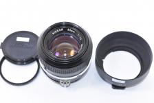 NEW NIKKOR 50mm F1.4 Ai改 【純正フードHS-9、52mmL37cフィルター付】