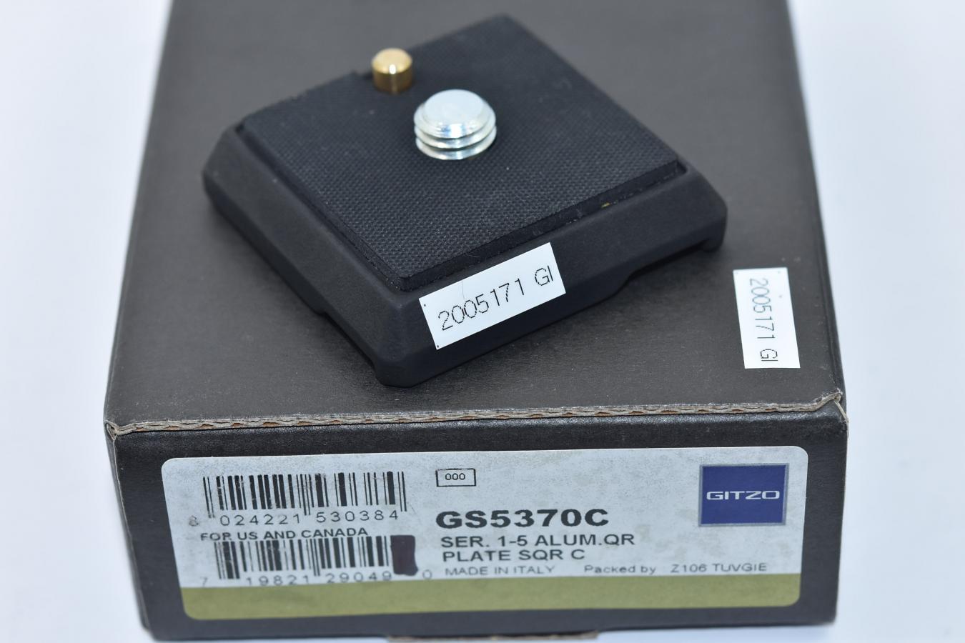 GITZO GS5370C クイックリリースプレートスクエア 【元箱付一式】