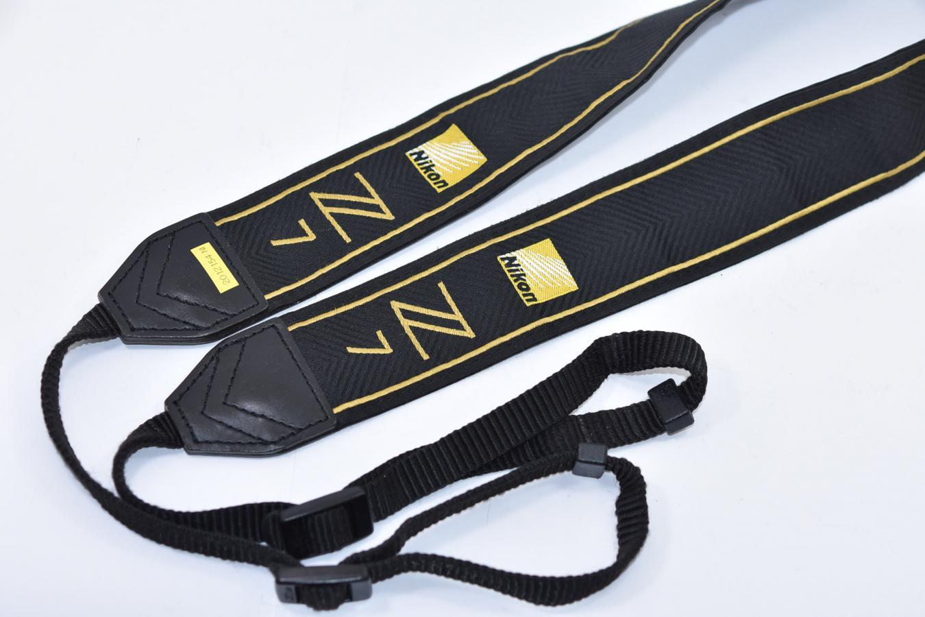 【希 少】Nikon Z7 Premium Gold Strap